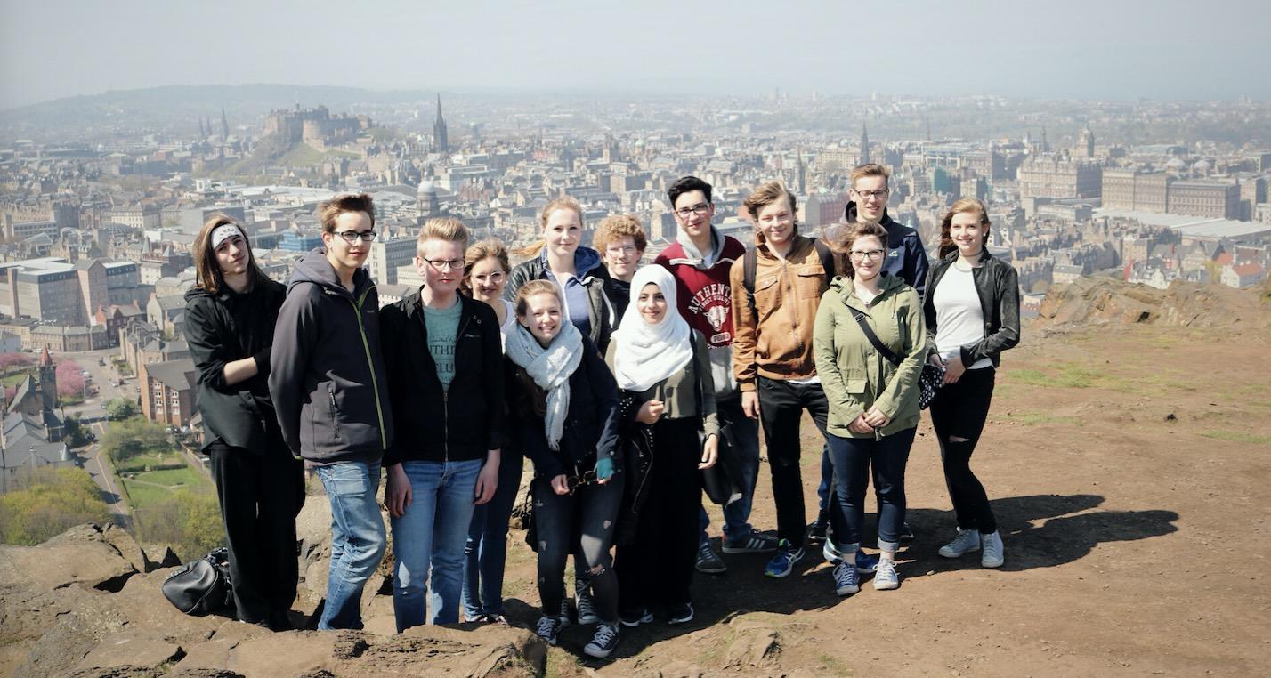 H1-Kurs Englisch sendet Grüße aus Edinburgh