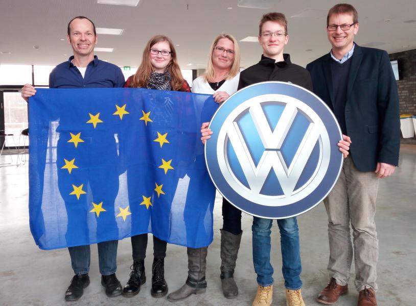 Max-Partnerschüler aus Warschau absolvierte Praktikum bei Volkswagen- Zwei Emderinnen reisen im Gegenzug nach Polen
