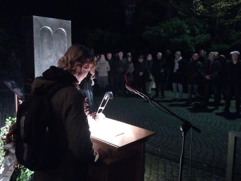 Max-Schüler wirkten an Gedenkveranstaltung zur Reichspogromnacht mit