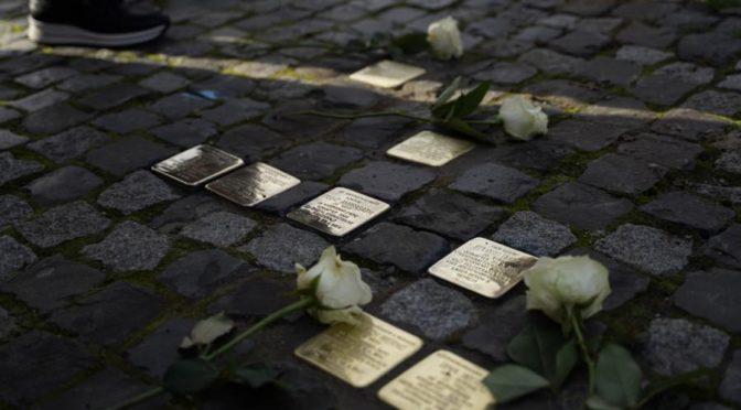 Neue Stolpersteine erinnern an Krankenmorde an Emder Kindern