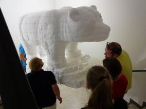 Kunst Eisbär DSC04006