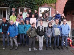 Besuch 6d Landesmuseum 2017 LR