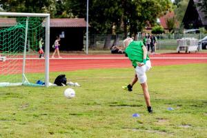 Werder-Profis in der Schule LR (13)