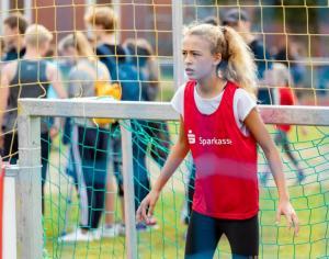 Werder-Profis in der Schule LR (17)